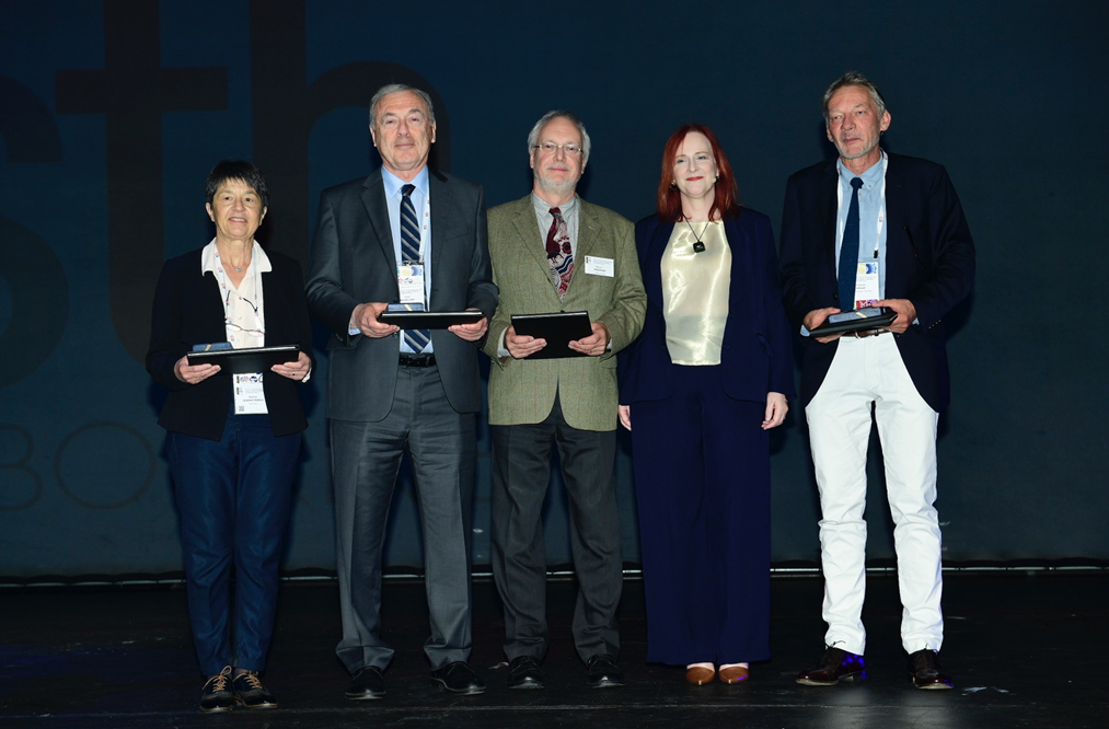ISTH honors Martine Jandrot-Perrus amongst four other members with Esteemed Career Awards